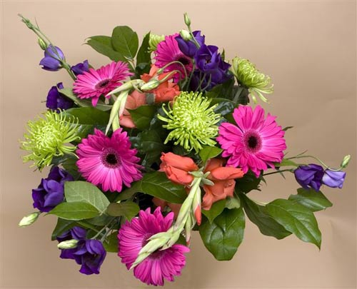 Подарить проститутке цветы